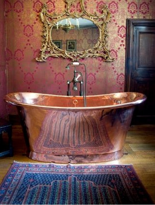 deep copper bath tub